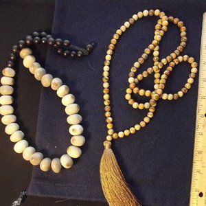 Lot of 2 Necklaces Jasper Stone and Seed & Wood
